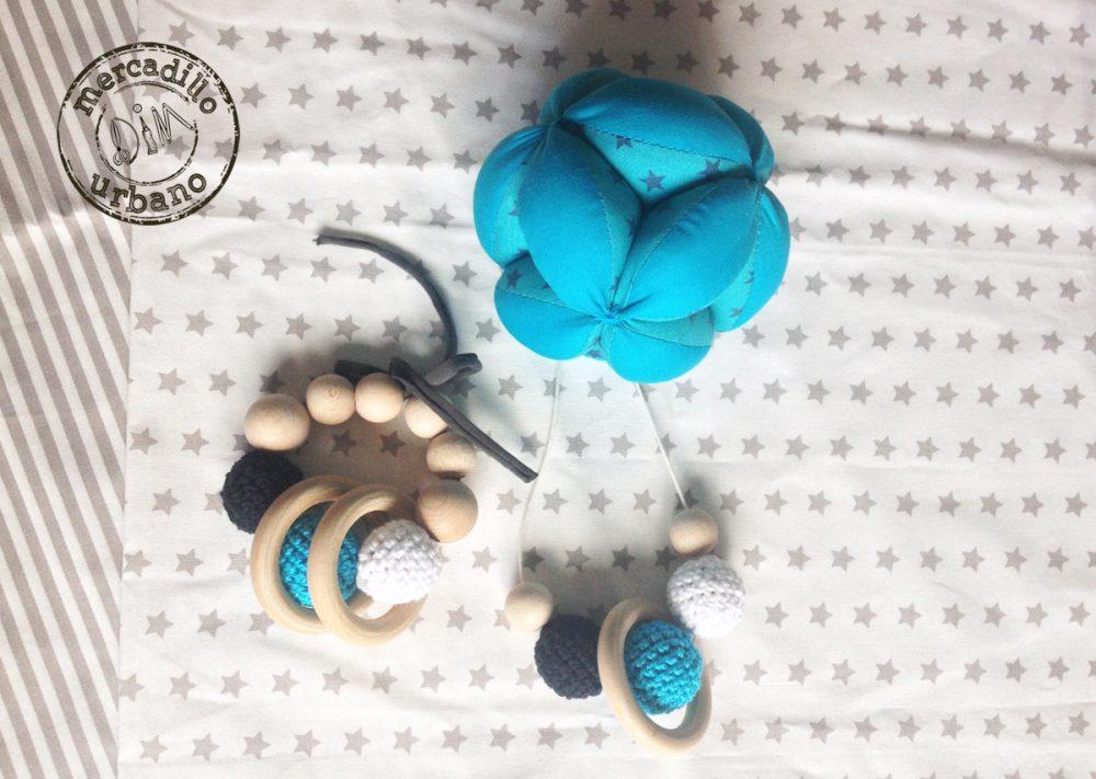 KIT 3 Regalo para bebés, Pelota para bebés, collar de lactancia, sonajero de madera, estilo Montessori, TONOS TURQUESA, regalos para bebés